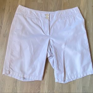 ANN TAYLOR  WALKING SHORTS